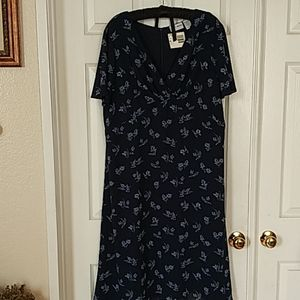 Jaclyn Smith blue floral dress
